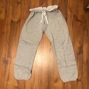 light grey cozy sweatpants ❤️